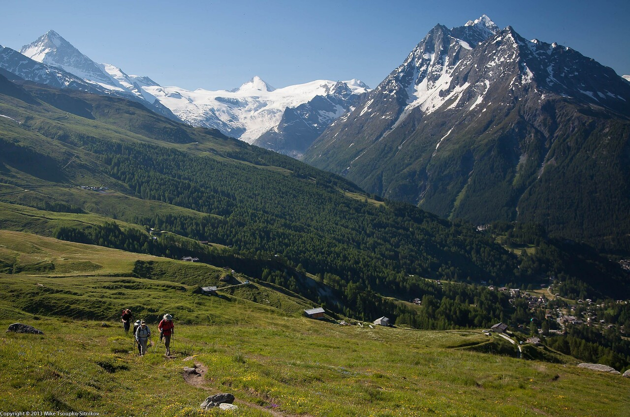 Trail from Les Haudères to Col de Torrent