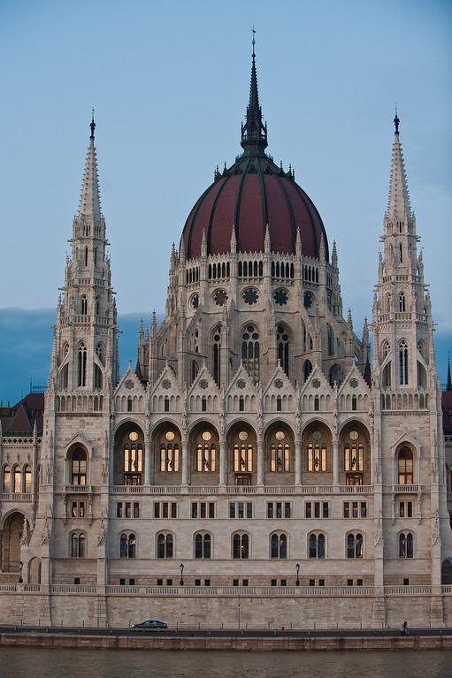 Hungarian Paralment