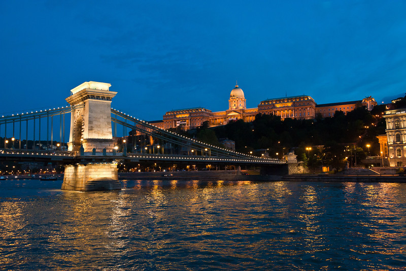 Royal Palace at Twilight & Chain Bridge