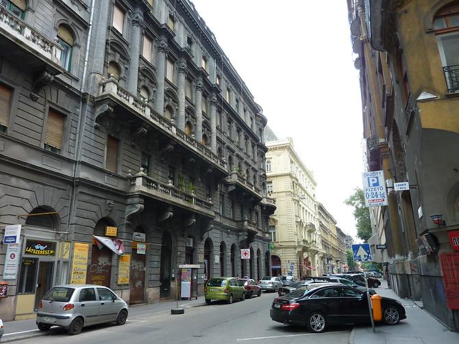 Jokai Utca - Budapest