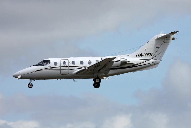 HA-YFK Beech 400 Beechjet c/n RJ-56 Paris-Le Bourget/LFPB/LBG 16-06-17