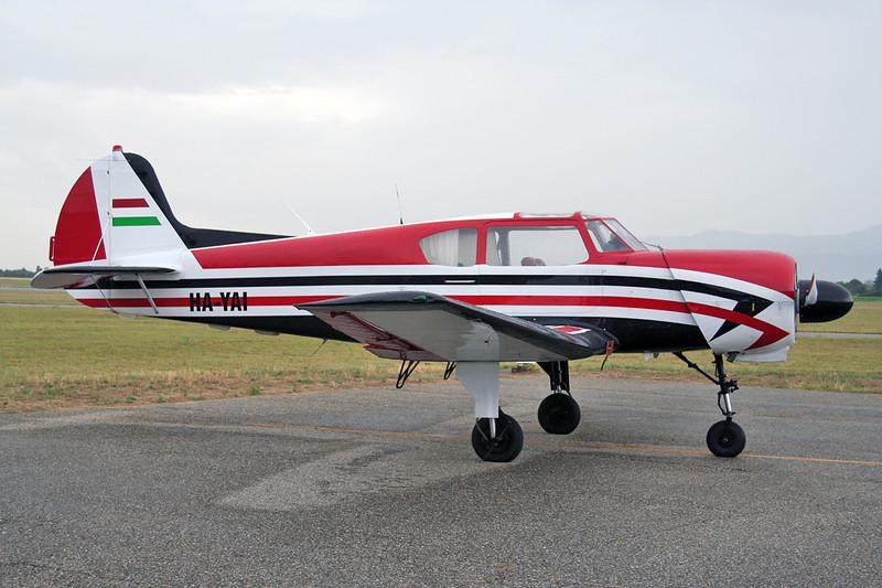 HA-YAI Yakovlev Yak-18T c/n 22202052122 Valence/LFLU/VAF 18-06-06