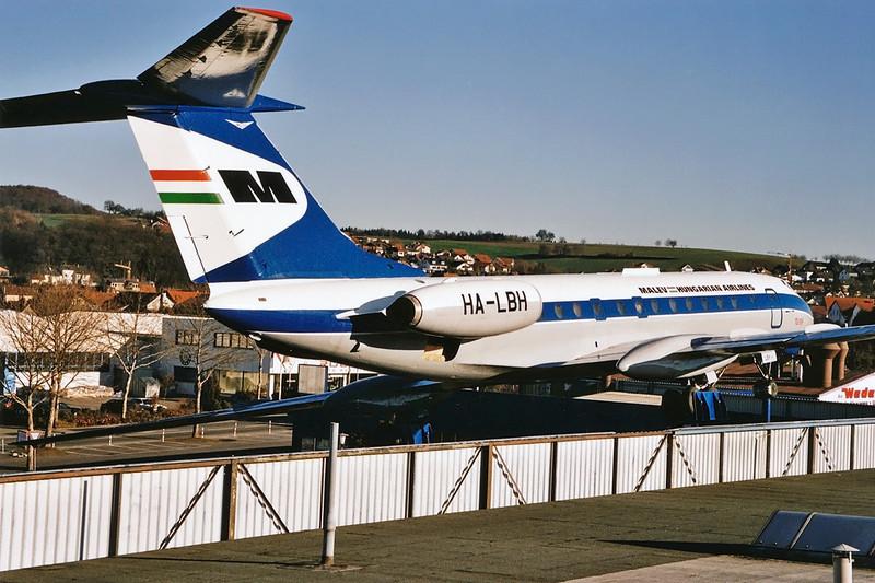 """HA-LBH Tupolev Tu-134 """"MALEV"""" c/n 0350925 Sinsheim 09-12-03 (10x15cm print)"""