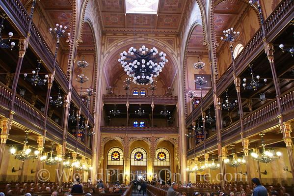 Budapest - Dohany Street Synagogue - Temple Interior