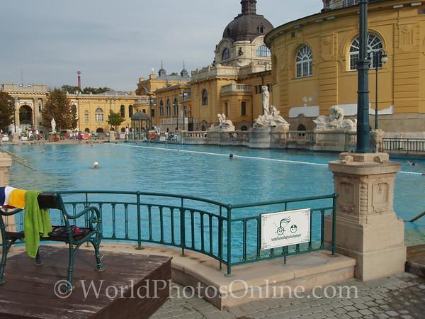 Budapest - Szachenyi Bath - exterior pools