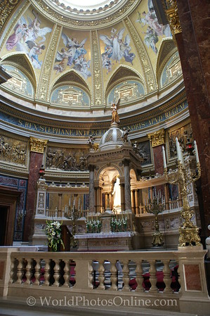 Budapest - St Stephen's Cathedral - Altar
