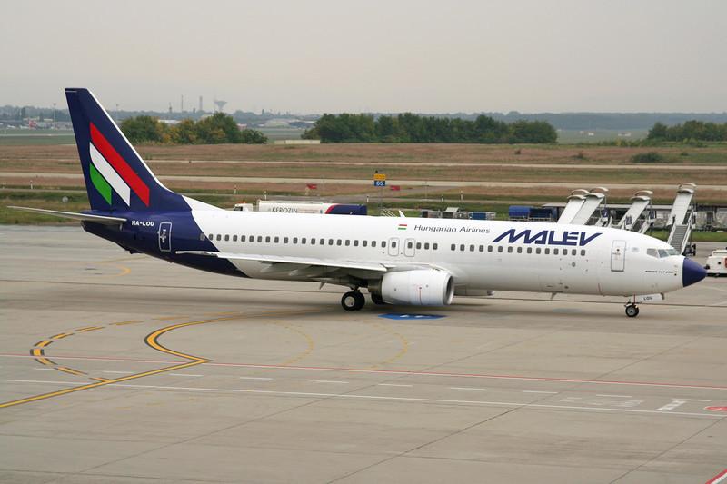 HA-LOU Boeing 737-8Q8 c/n 30684 Budapest-Ferihegy/LHBP/BUD 27-09-07