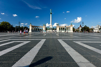 Hero's Square. A World Heritage site centered around the 120 foot statue of the Archangel Gabriel. Budapest Hungary.