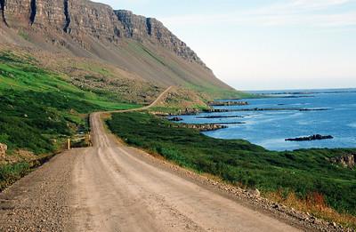 Road near Flokalundur