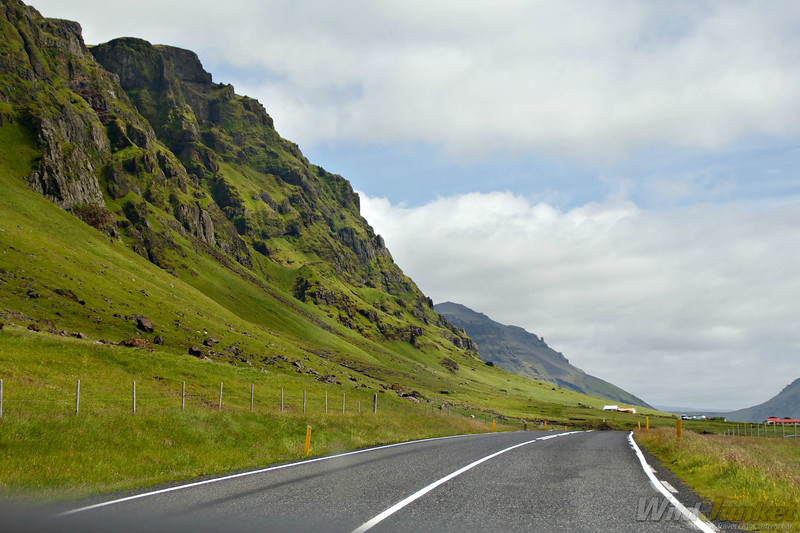 driving iceland ring road