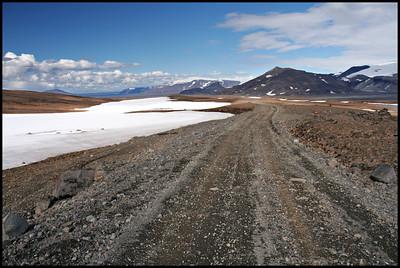 Near Ok glacier