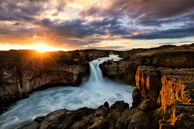 Dawn at Aldeyjarfoss