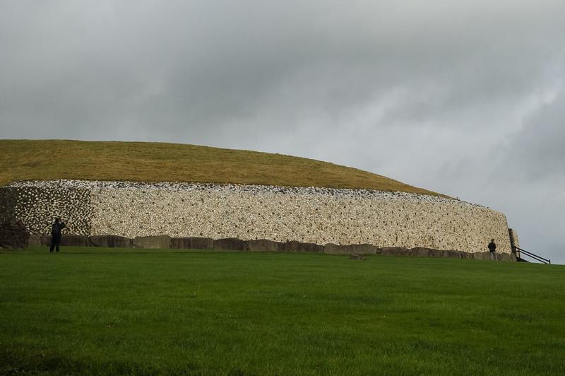 Newrange Megalithic Passage Tomb ~3200 BC