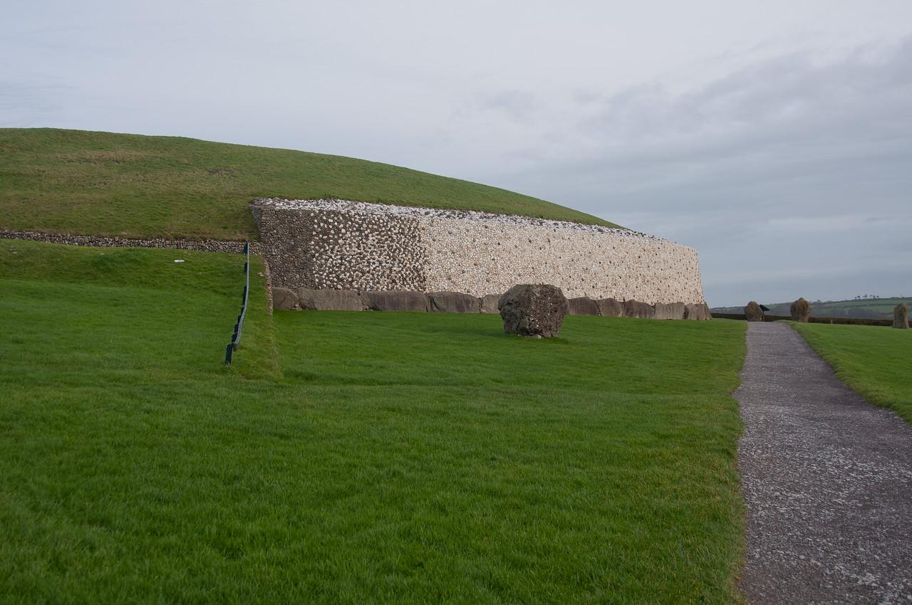 Paved pathwalk near Newgrange in Ireland