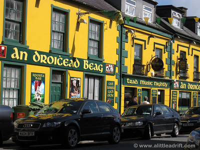 Pub in Dingle