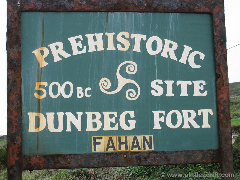 Dunbeg Fort sign