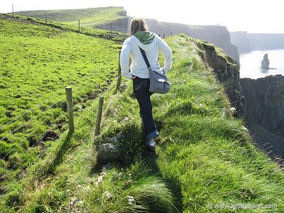 Picking out way to the Cliffs