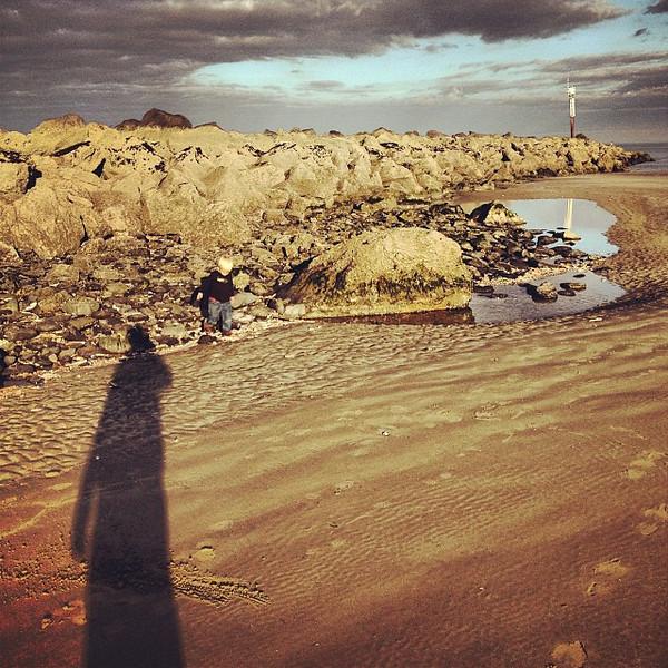 Long, late afternoon shadow casting. Mornington Beach #dna2ireland