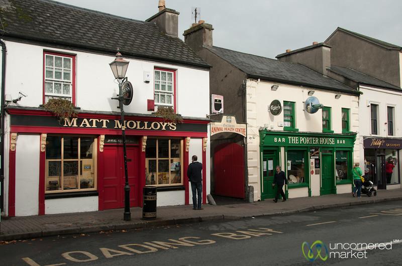 Irish Pubs in Westport, Ireland