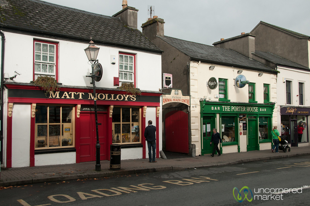 Irish Pubs in Westport, Ireland