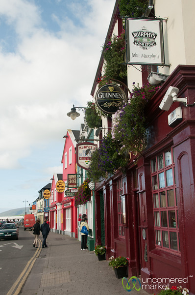 Irish Pubs in Dingle, Ireland