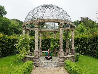 Ballyseede Castle gardens