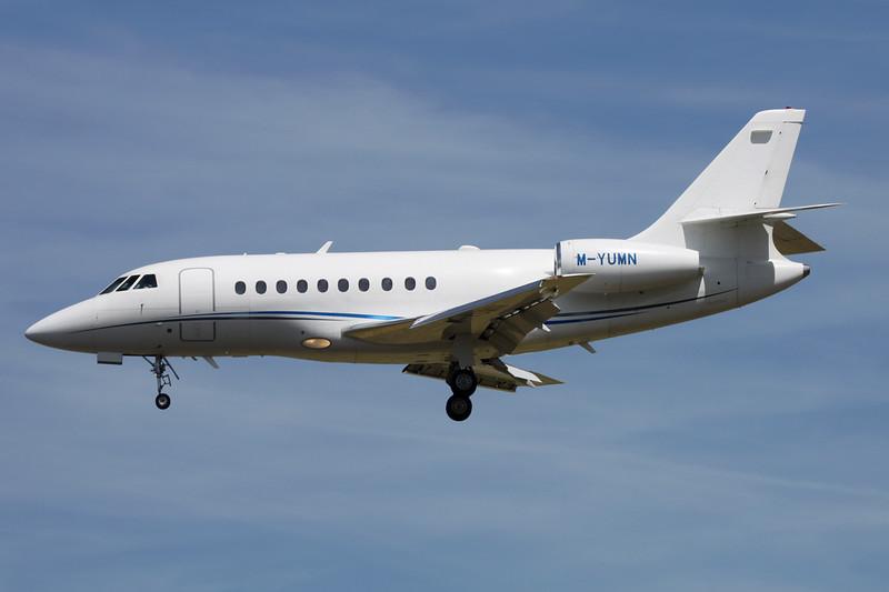 M-YUMN Dassault Falcon 2000 c/n 1 Paris-Le Bourget/LFPB/LBG 10-07-16
