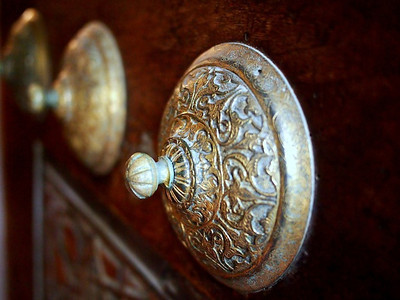doorknobs on blue mosque.jpg