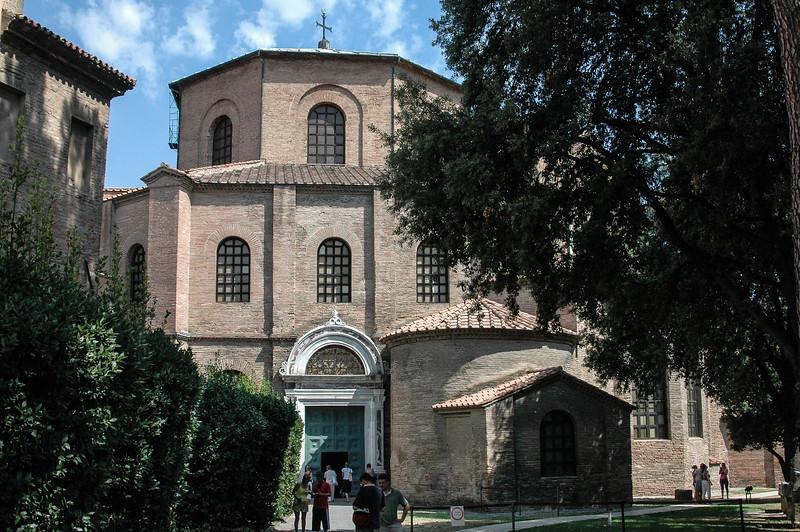 Sant' Apollinare Nuovo Basilica (6th C)