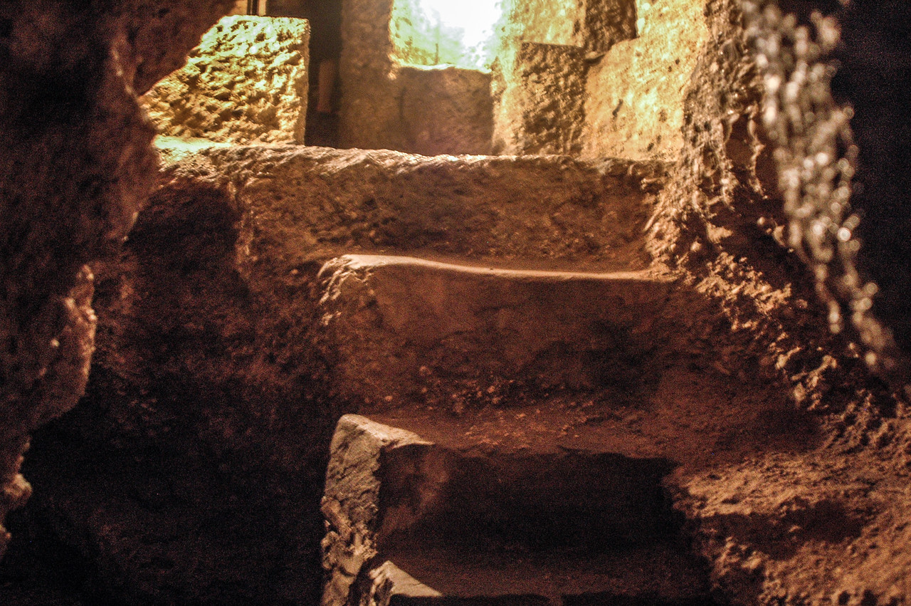 Celtic Funeral Chambers (3-4C)
