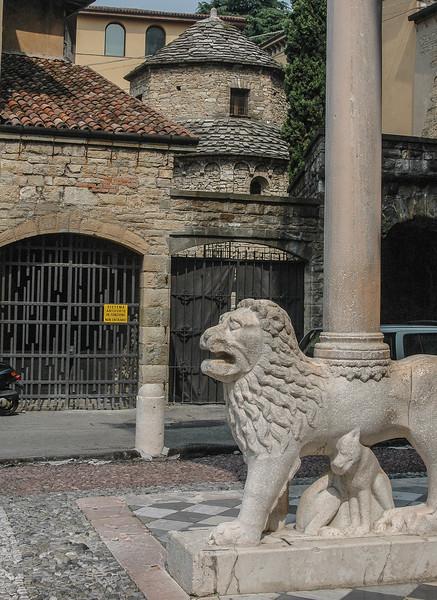 Duomo di Bergamo  (12-14C)