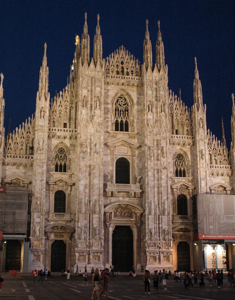 Milan Cathedral (14-16C)