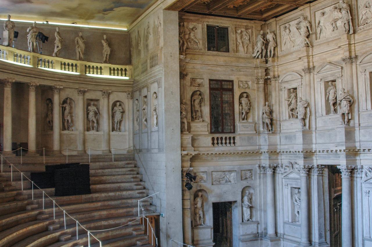 Teatro Olimpico (16th C)