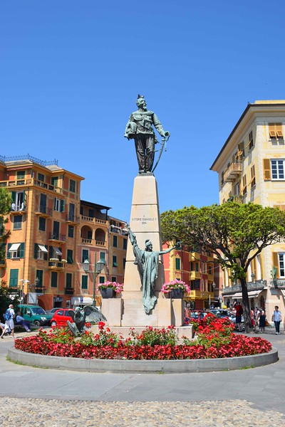 Arriving in the town of Santa Margherita Ligure