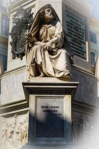 Piazza di Spagna - La Colonna della Immacolata