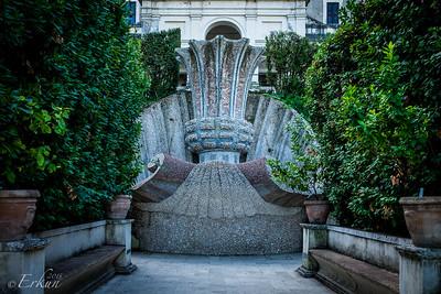 Villa d'Este - Fontana del Bicchierone (Fountain of the Great Cup)