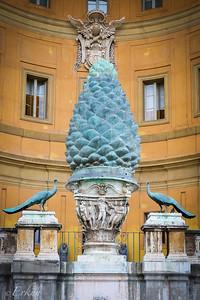 Musei Vaticani - Pine Cone Courtyard