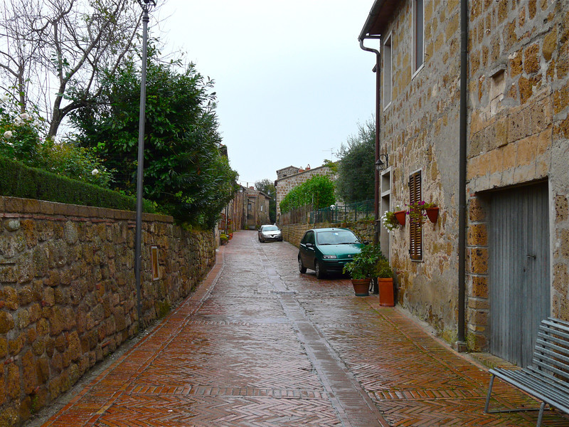 Sovana street