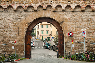 Gate in the Wall, Florence