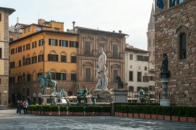 The Statues, Palazzo Vecchio