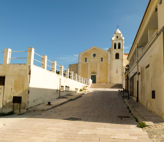 Yellow stone church in Viesti, Italy