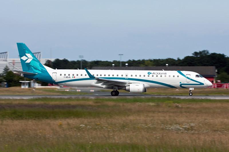 I-ADJL Embraer EMB-195-200LR c/n 19000256 Frankfurt/EDDF/FRA 01-07-10
