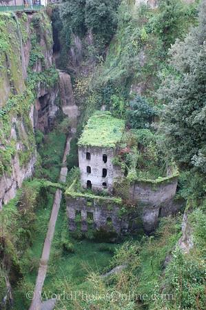 Sorrento - Gorge - 15th c mill