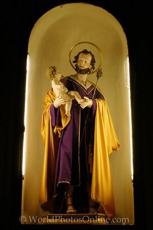 Sorrento - Cathedral - St Joseph & Baby Jesus