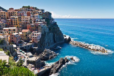 Yet another stunning panoramic view on the Manarola village.