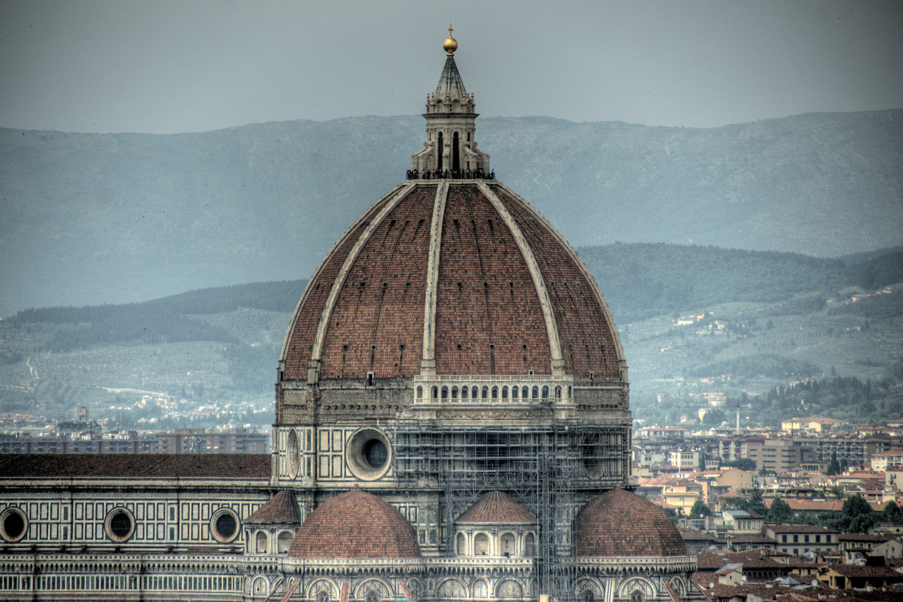 Isolated shot of the Florence Cathedral dome from afar - Florence, Italy