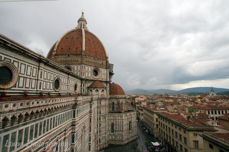 """<a target=""""NEWWIN"""" href=""""http://en.wikipedia.org/wiki/Basilica_di_Santa_Maria_del_Fiore"""">Duomo</a>, Firenze"""