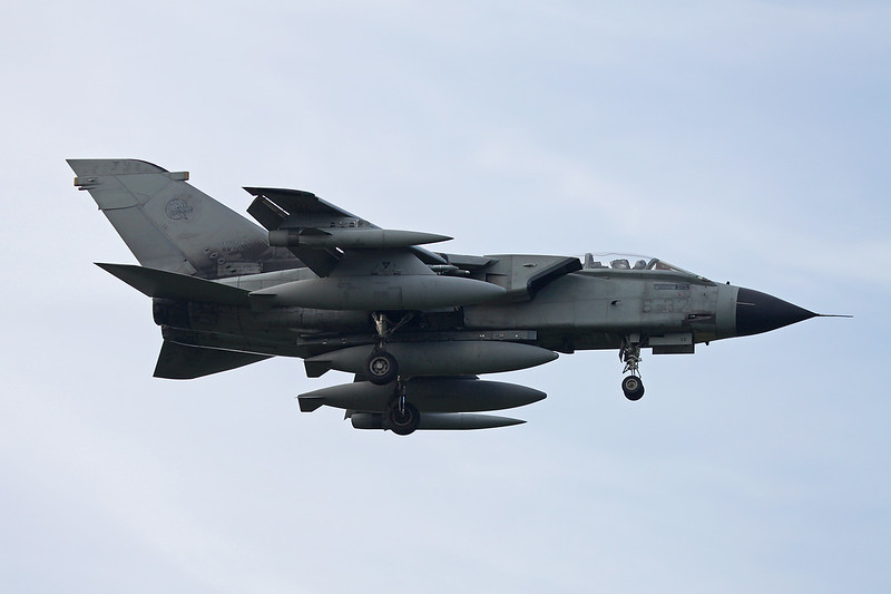 "MM7015 (6-32) BAe/Panavia Tornado IDS ""Italian Air Force"" c/n IS014 Kleine-Brogel/EBBL 23-10-12"