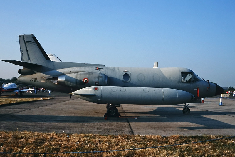"MM61955 Piaggio PD808 GE2 ""Italian Air Force"" c/n 513 Fairford/EGVA/FFD 25-07-99 (35mm slide)"