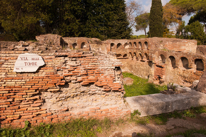 Necropolis - The Burrial Ground - Ostia Antica